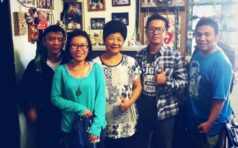 Bersama Lucy, owner dari Lucy Homestay Kota Kinabalu