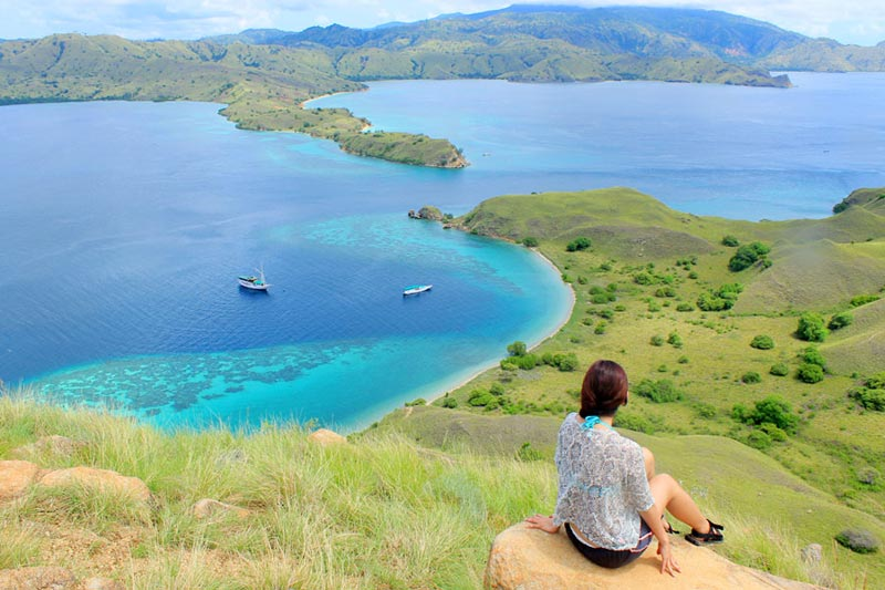 Spot wajib di view point Gili Laba