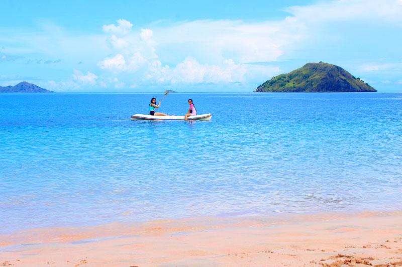 Pantai Pulau Komodo, lebih pink dari Pink Beach!