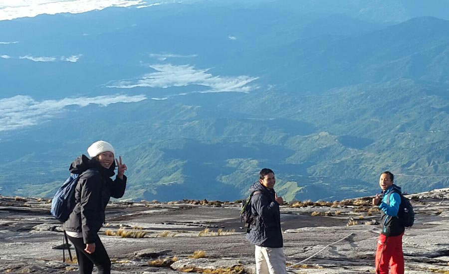 Mendaki Puncak Asia Tenggara di GunungKinabalu
