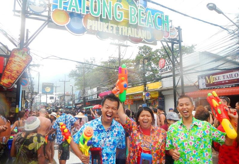 Festival Songkran di Phuket