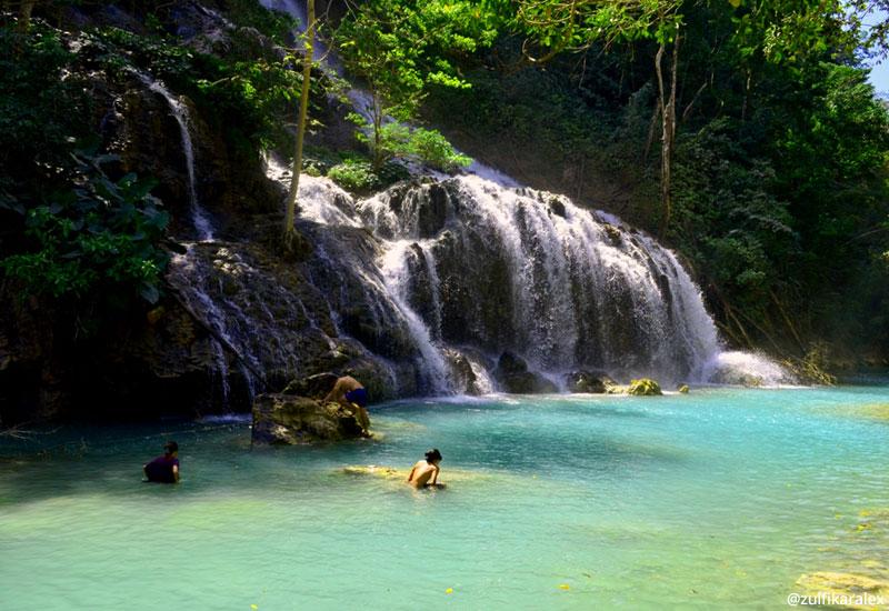 Air Terjun Lapopu, oase di tengah keringnya Sumba