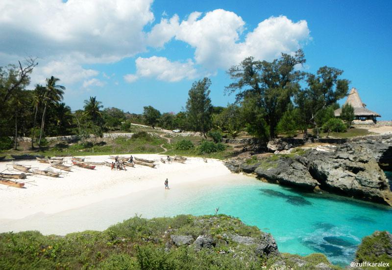 Pantai Mandorak di Sumba Barat Daya