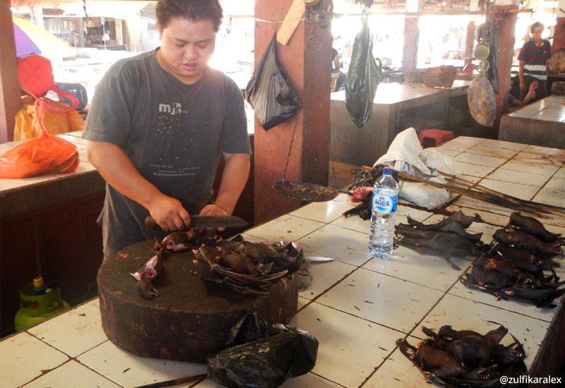 Kuliner Ekstrem Pasar Beriman Tomohon Sulawesi Utara